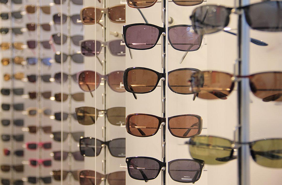 Große Sonnenbrillen Auswahl
